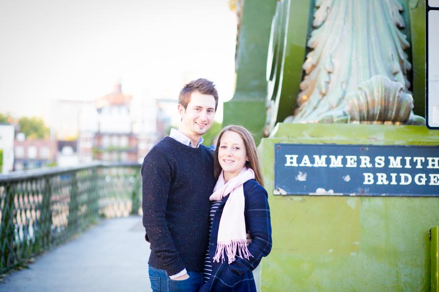 Couple shoot hammersmith bridge photographer