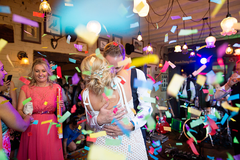 first dance with confetti cannon