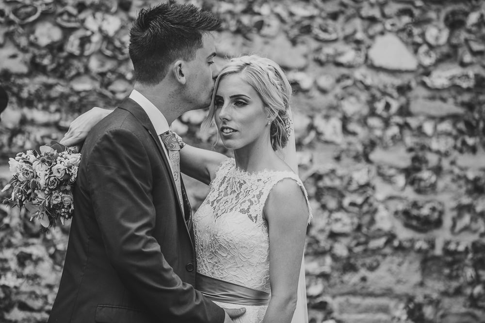 natural bride and groom photo in black and white