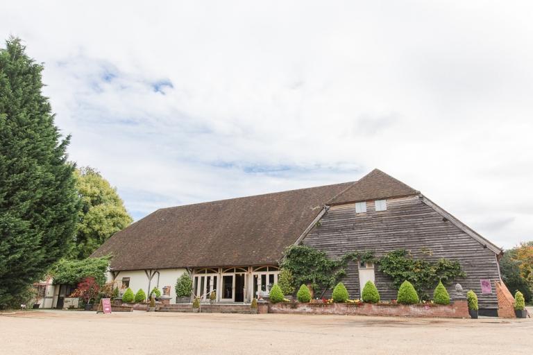 Barn wedding venue in Hampshire